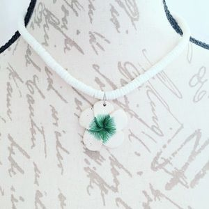 Jewelry - White and Green Floral Faux Shell Necklace